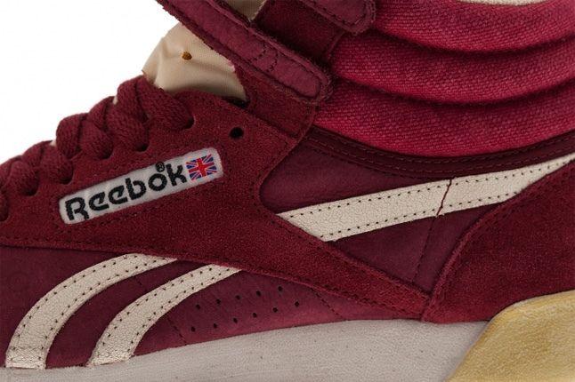 Reebok Freestyle Hi Italy Maroon Midfoot Detail 1