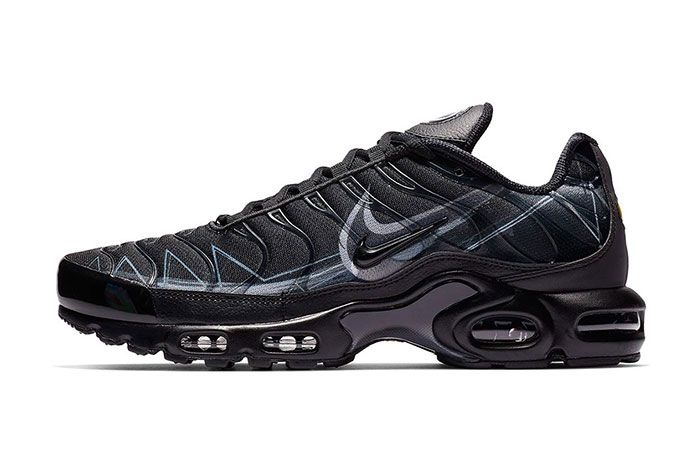 Nike Air Max Plus Le Requin New Black Left