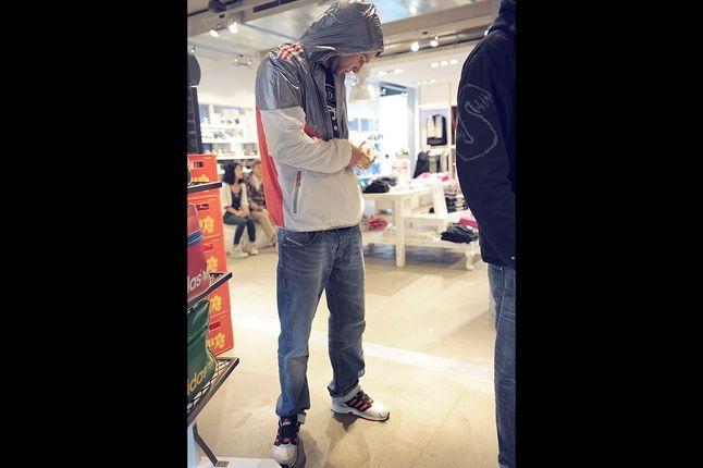 Adidas Originals Berlin Flea Market 16 1