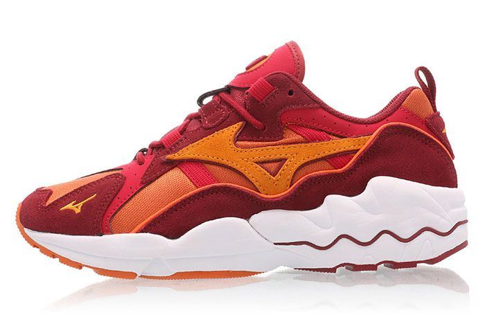 Mizuno Wave Rider 1 Pumpkin Orange Red Lateral