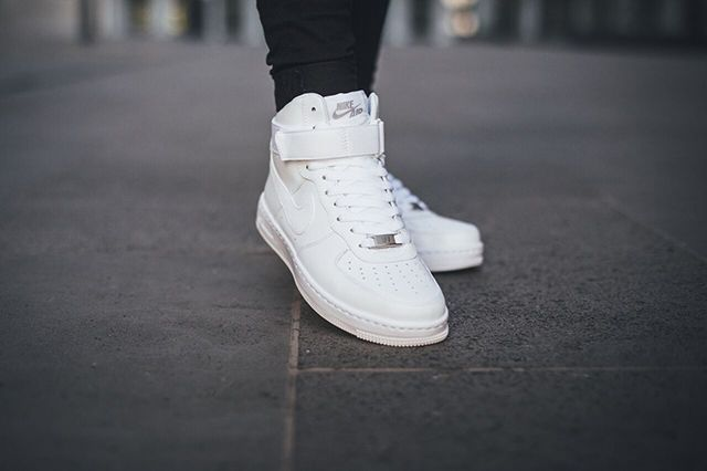 Nike Air Force 1 Ultra Wmns White Collection 5