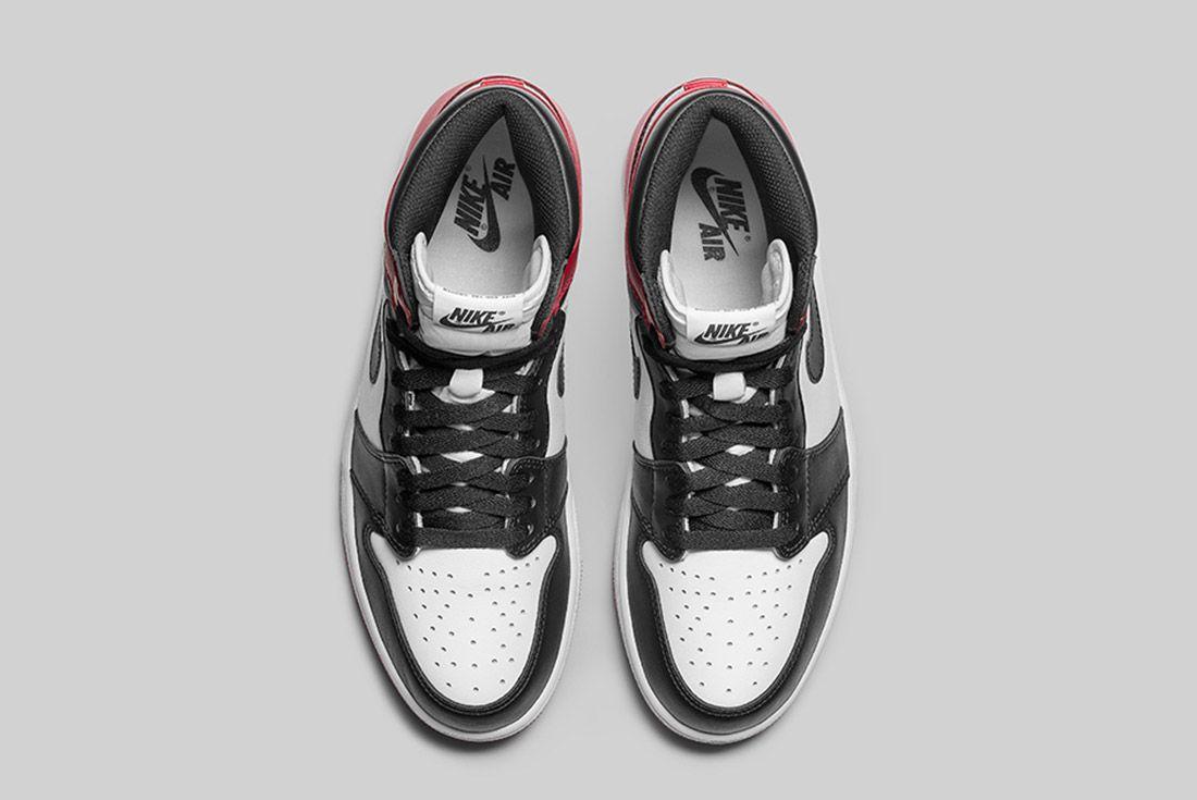 Air Jordan 1 Blck Toe 5