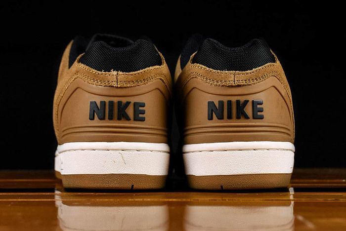 Nike Air Force 2 Low Esape Brown Ao0300 300 3