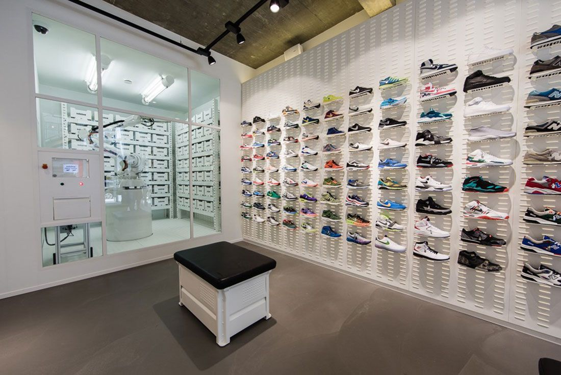 Solebox Opens New Store In Berlin 04 Claw