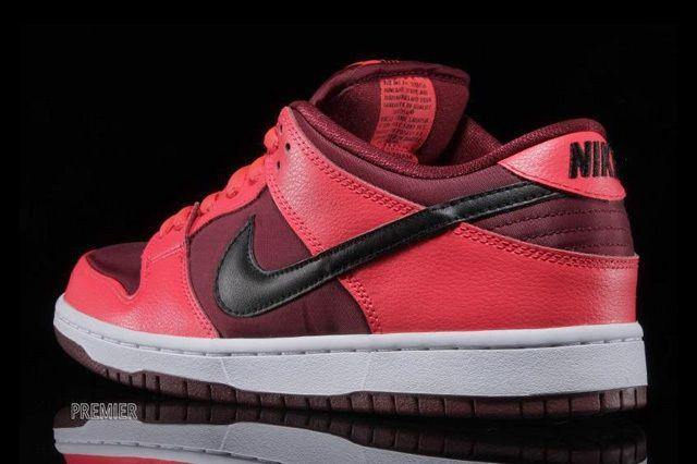 Nike Sb Dunk Low Laser Crimson 6
