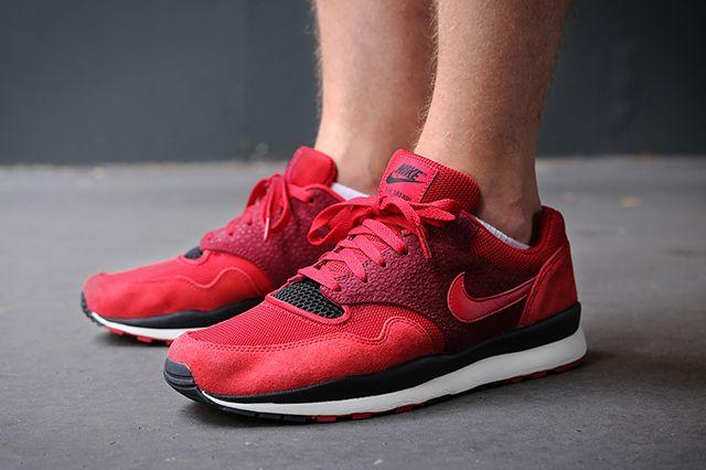 Nike Air Safari Gym Red Team Red