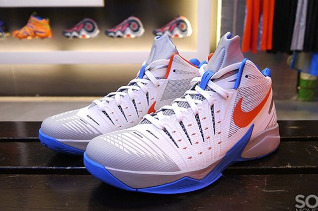Nike Zoom I Get Buckets 3
