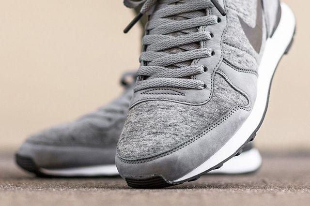Nike Internationalist Tech Fleece 3