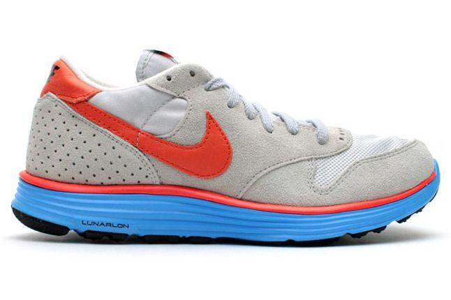 Nike Epic Vintage Lunar Wolf Greay Deep Orange Side Profile 1