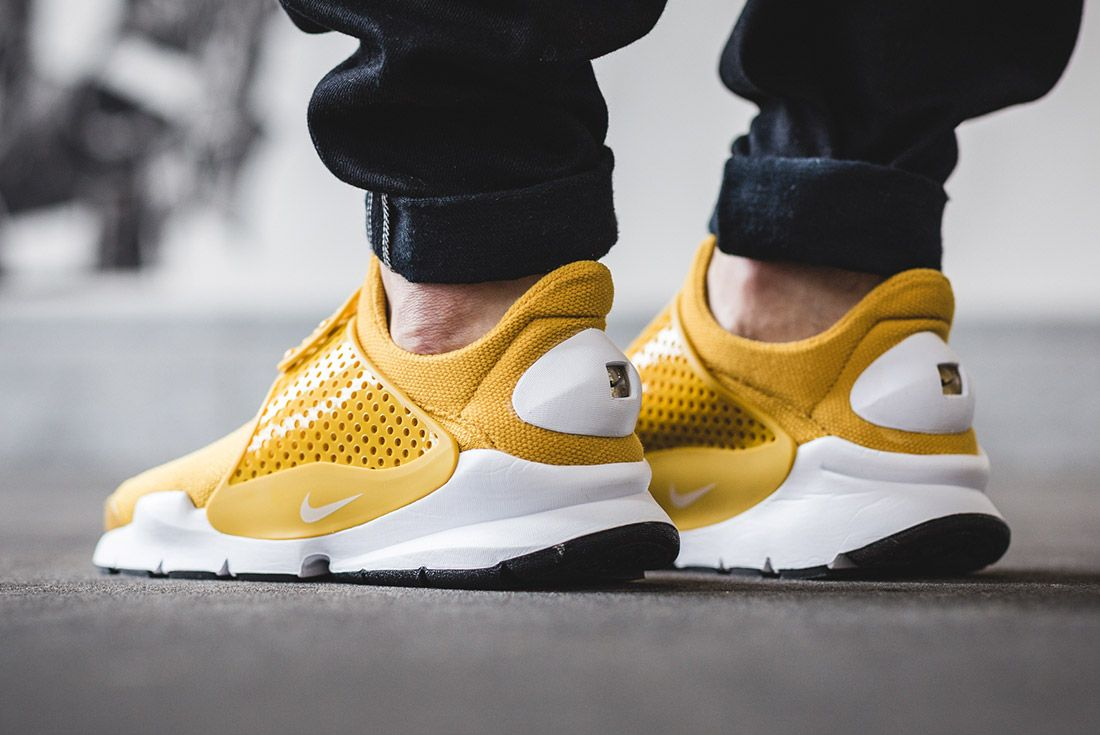 Nike Sock Dart Gold On Foot 5