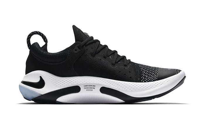 Nike Joyride Run Flyknit Black3