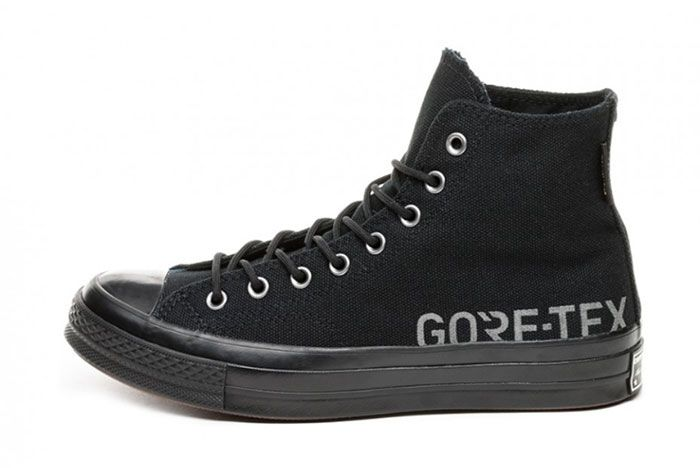 Goretex Converse Black Left
