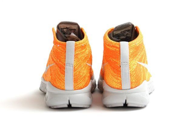 Nike Flyknit Trainer Chukka Fsb Total Orange 3