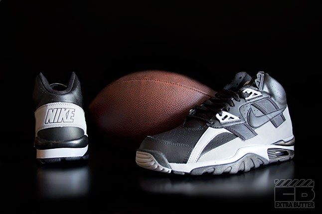 Nike Raiders Trainers 1