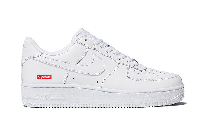 Supreme Nike Air Force 1 Lateral Side Shot