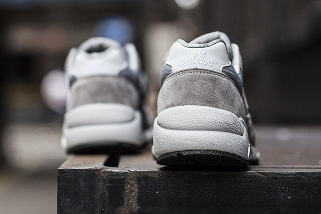 New Balance Mt580 Greywhite4