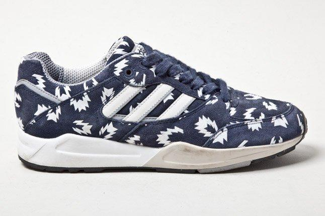 Adidas Tech Super Blue Sparks Side 1
