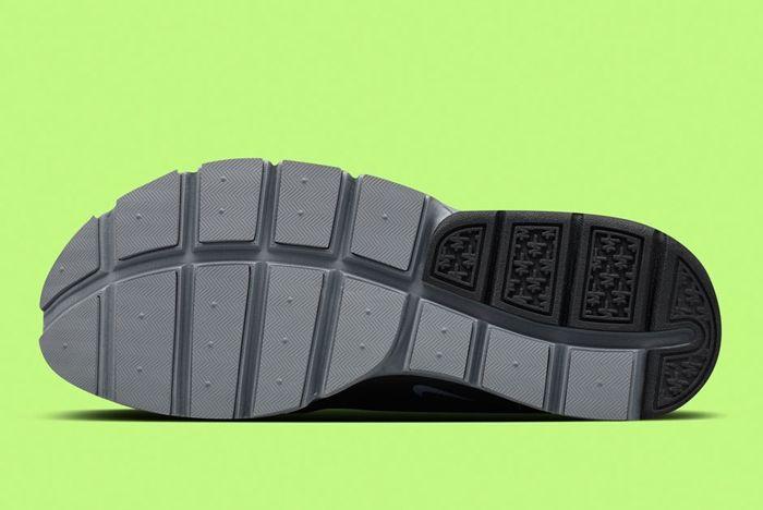 Nikelab Sockdart 8
