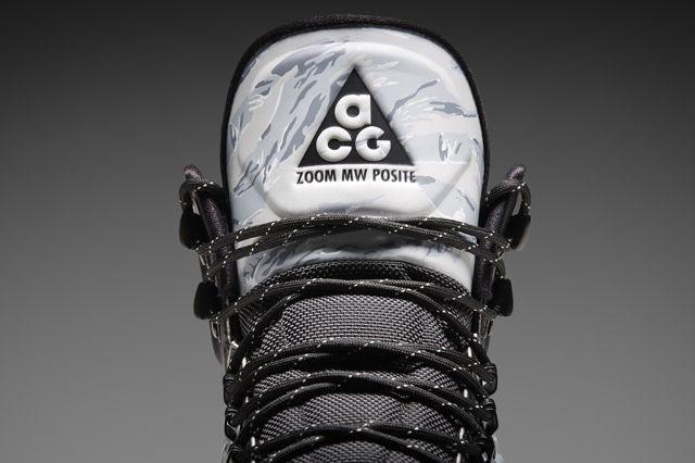 Nike Digital Nsw Nike Knows Meriwether Posite Tongue