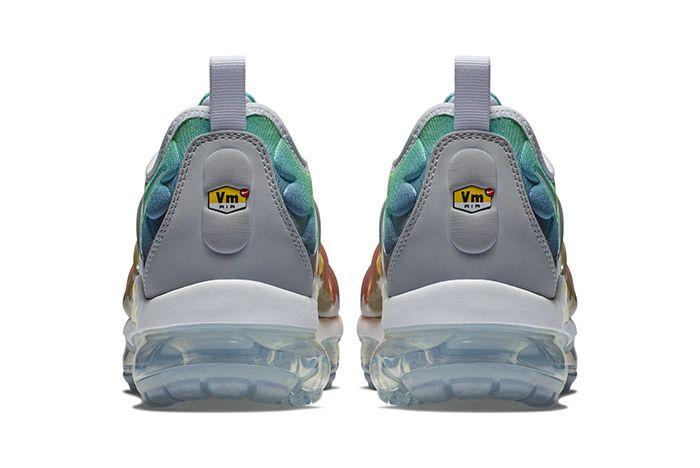 Nike Vapormax Plus Neptune Green Yellow 2