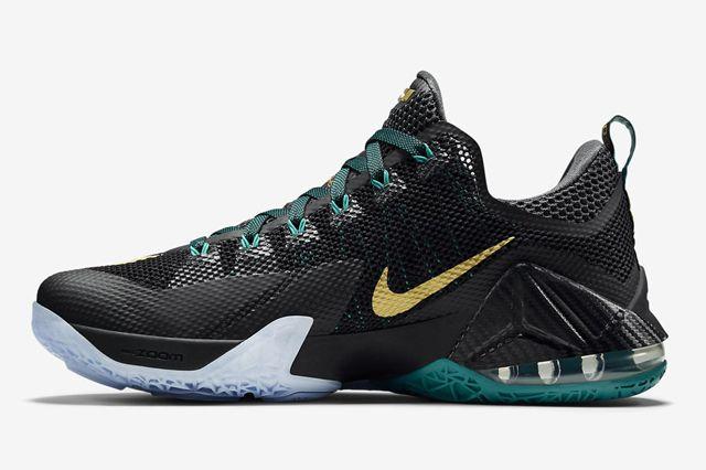 Nike Lebron 12 Low Svsm3