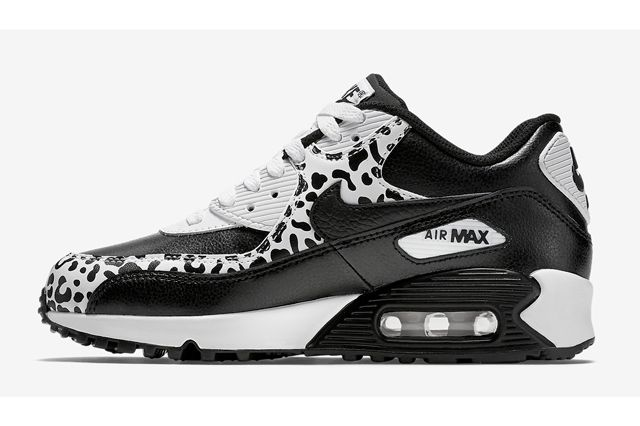 Nike Air Max 90 Gs Blackblack White3