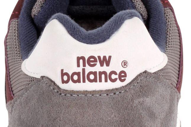 New Balance 577 Grey Burgundy Heel Detail 1
