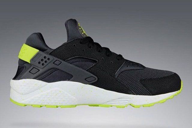 Nike Air Huarache Black Venom Green Thumb