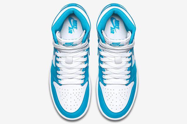 Air Jordan 1 Og Unc 4