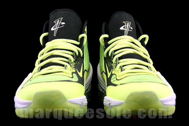 Nike Air Penny V Volt Toe Profile 1
