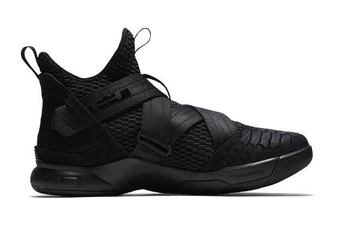 Nike Lebron Soldier 12 Sfg Triple Black 2