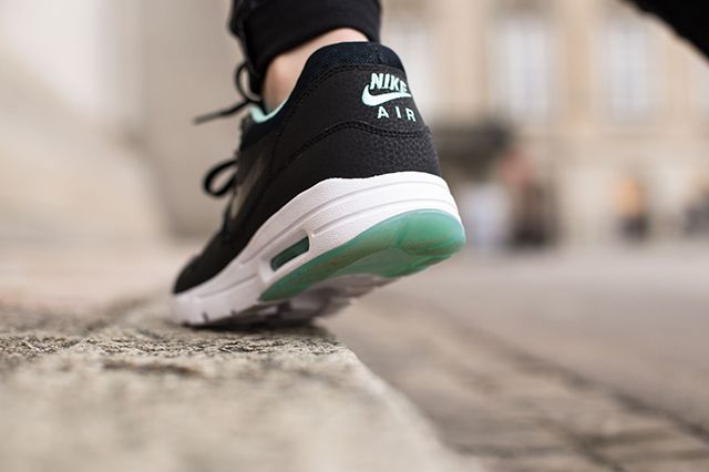 Nike Air Max 1 Wmns Teal Black 2