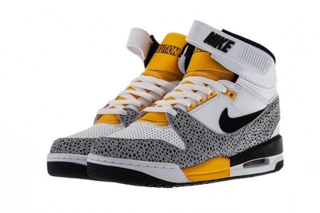 Nike Air Revolution Safari 2