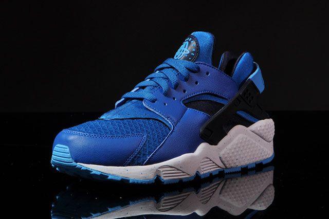 Nike Air Huarache Military Blue 4
