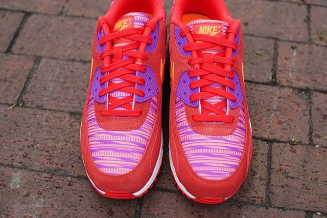 Nike Air Max 90 Light Crimson Graphic Pattern 3