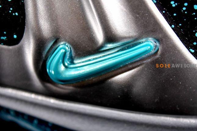 Nike Barkley Posite Max Pure Platinum Midfoot Detail 1