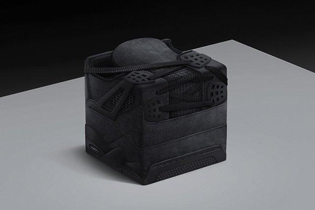 Air Jordan 4 Sneakercube Black Friday Series