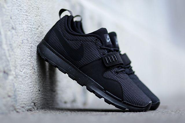 Nike Sb Trainerendor  Black Dark Grey 1