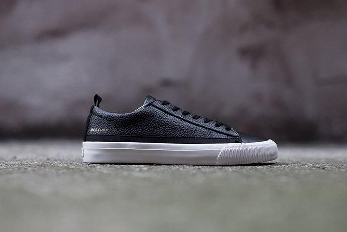 Mercury Low Black 01