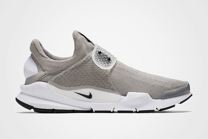 Nike Sock Dart Grey Feature