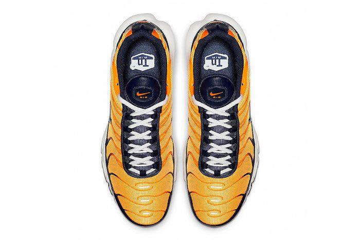 Nike Air Max Plus Navy And Orange Top Shot 4