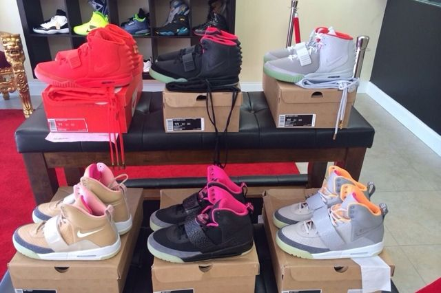 Nike Air Yeezy Full Collection Auction 3