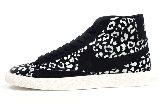 Nike Blazer Mid Black Leopard Quater Profile 1