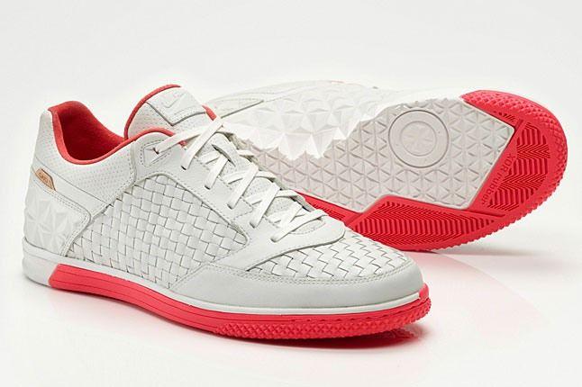Nike Street Gato Woven 1 1