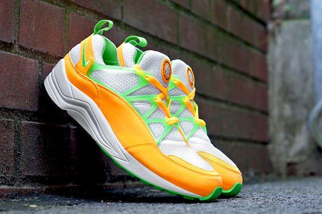 Nike Huarache Light Atomic Mango 13