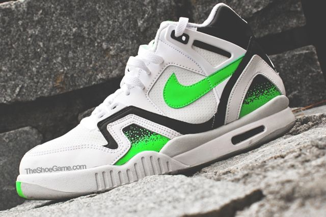 Nike Air Tech Challenge Poison Green 2