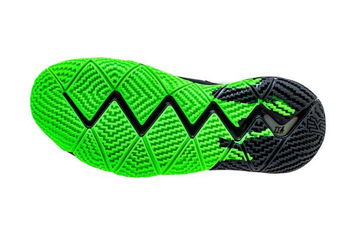 Nike Kyrie 4 Halloween Black Green 3