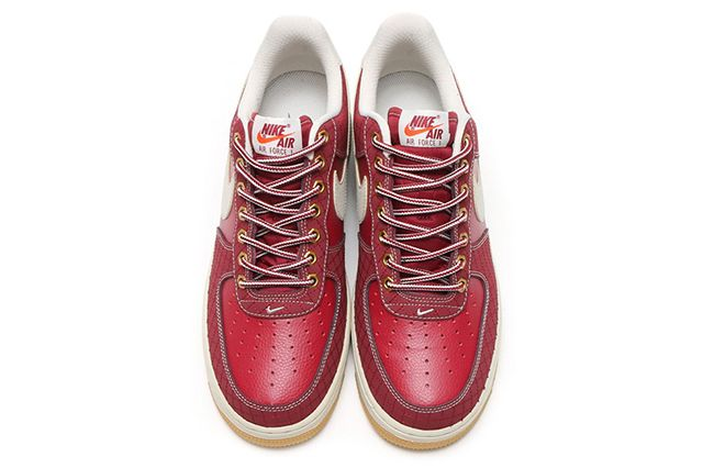 Nike Air Force 1 Workboot Team Red5