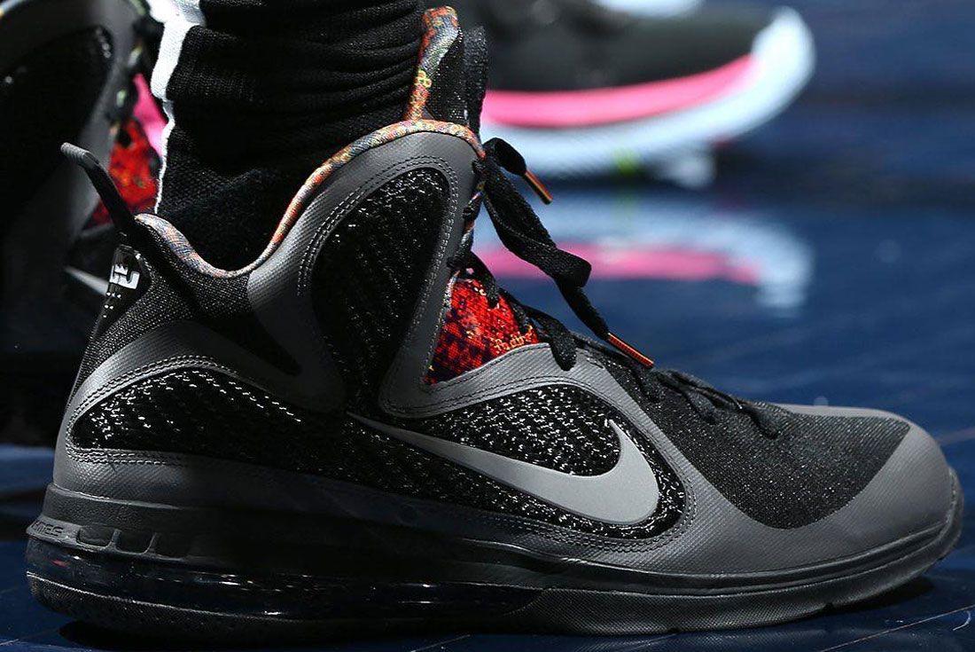 Nike Lebron James 9