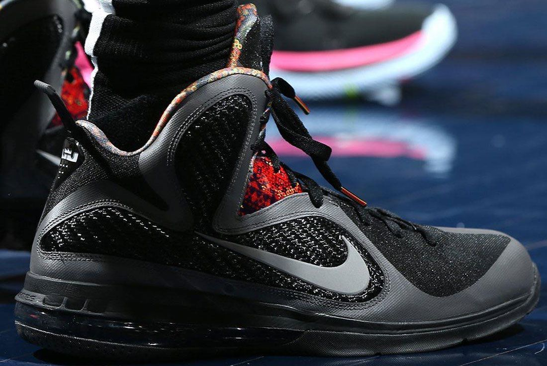 Nike Lebron James 9